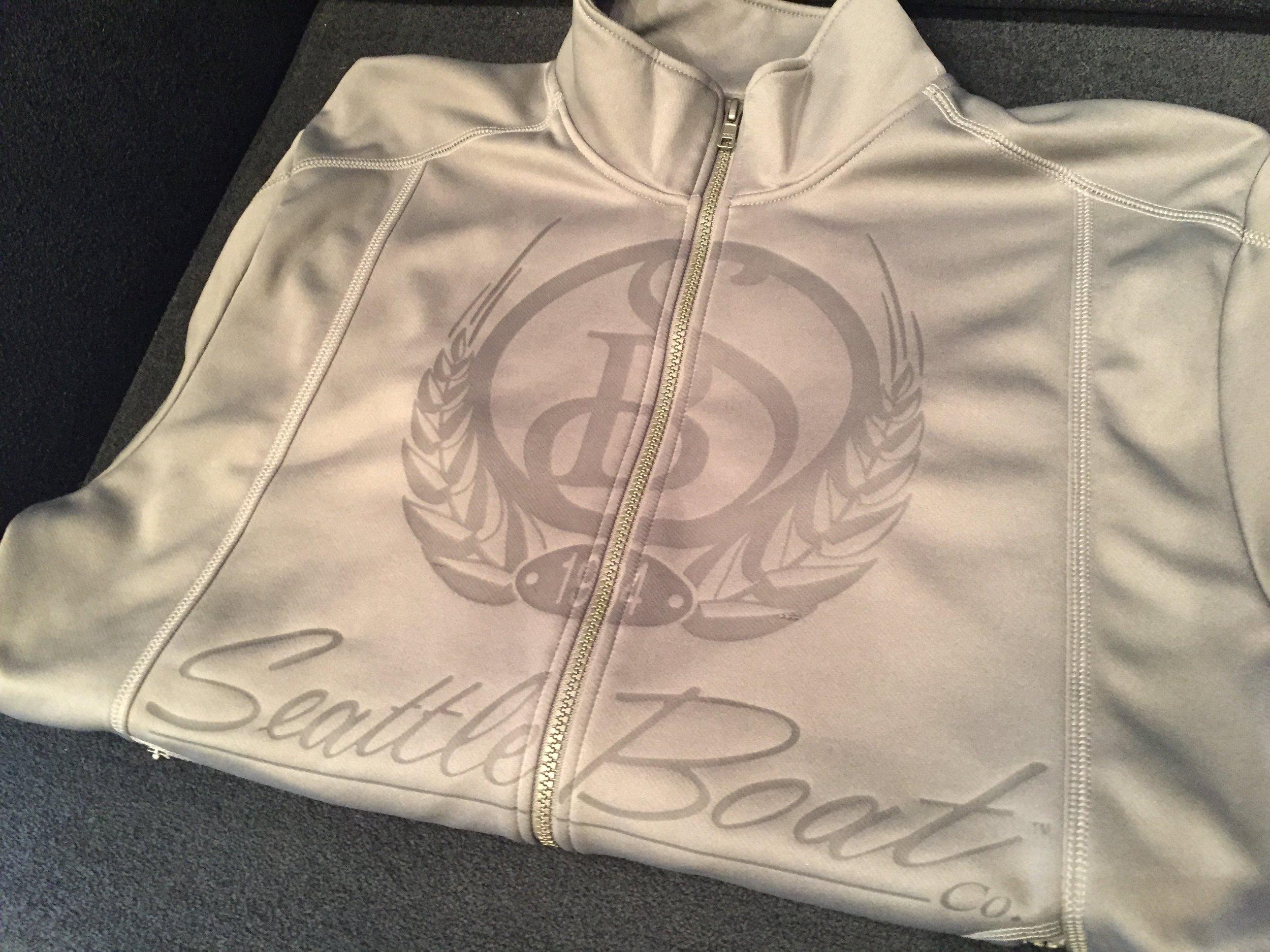 logounltd_laser_etching_embroidery_screen_printing_apparel_uniform_custom_tshirts_kirkland_bellevue_seattle_redmond_woodinville_branded_merchandise_promotional_products_logo_unltd_ tshirts_design_custom (37).JPG