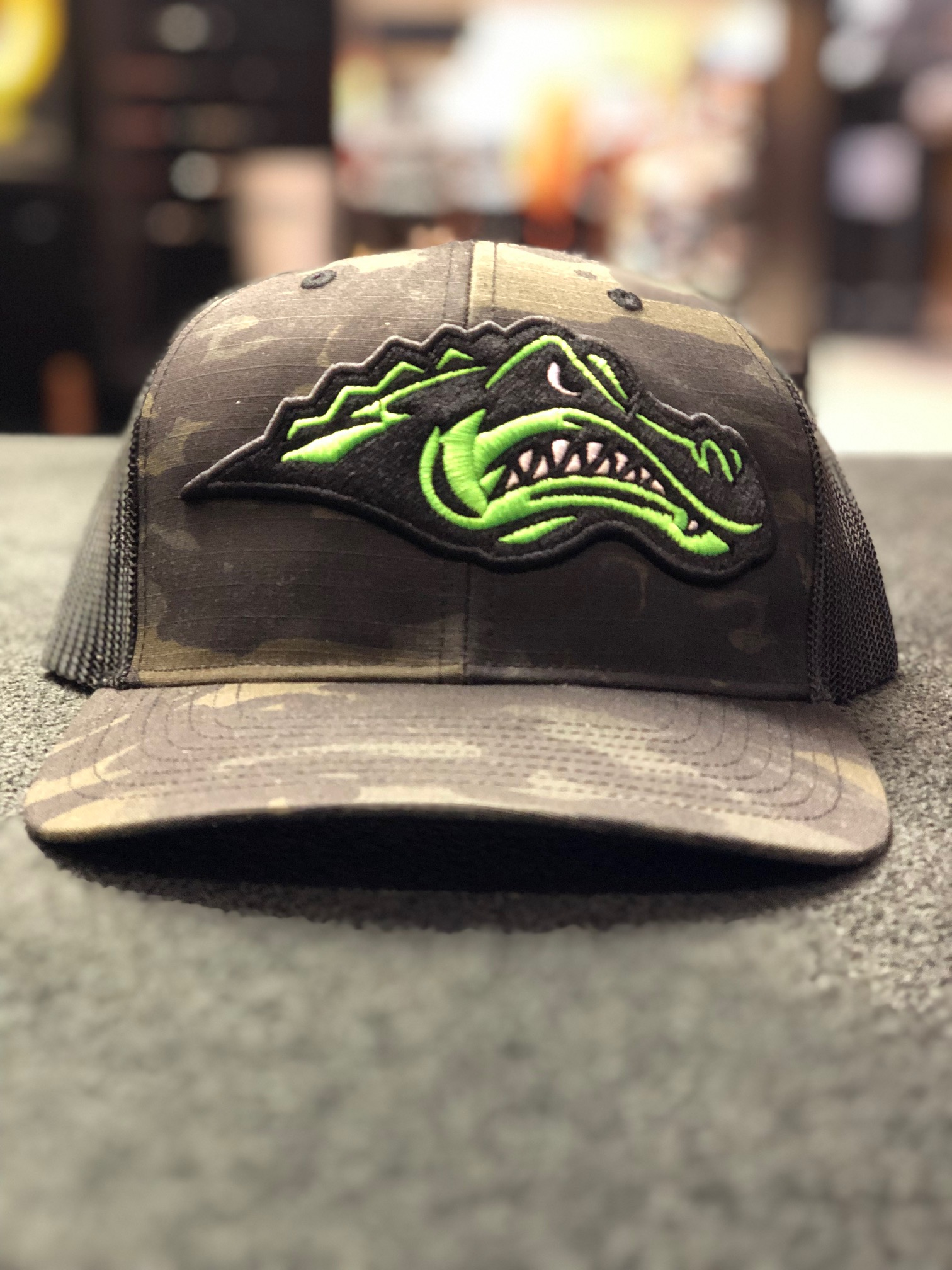 logounltd_laser_etching_embroidery_screen_printing_apparel_uniform_custom_tshirts_kirkland_bellevue_seattle_redmond_woodinville_branded_merchandise_promotional_products_logo_unltd_green_river_college_hat (2).jpg