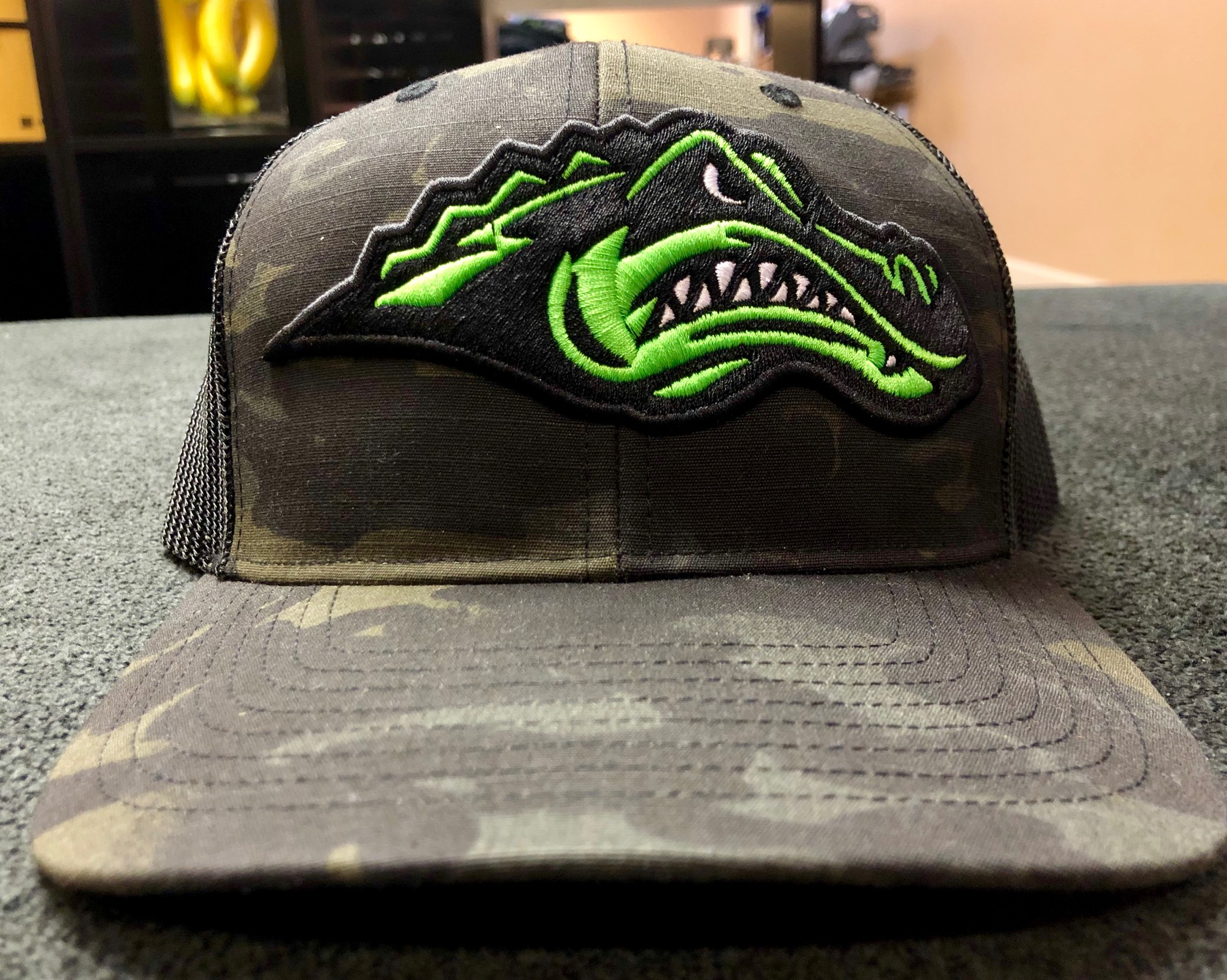 logounltd_laser_etching_embroidery_screen_printing_apparel_uniform_custom_tshirts_kirkland_bellevue_seattle_redmond_woodinville_branded_merchandise_promotional_products_logo_unltd_green_river_college_hat (3).jpg