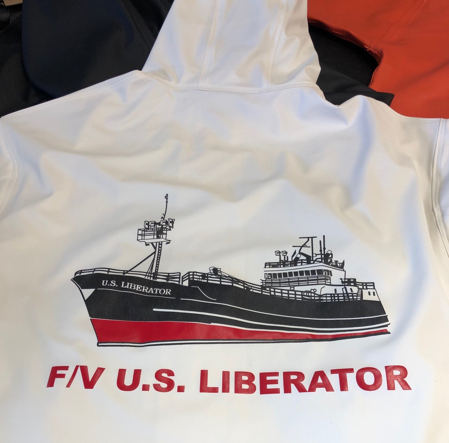 logounltd_laser_etching_embroidery_screen_printing_apparel_uniform_custom_tshirts_kirkland_bellevue_seattle_redmond_woodinville_branded_merchandise_promotional_products_logo_unltd_grundens_alaska_fishing (1).jpg