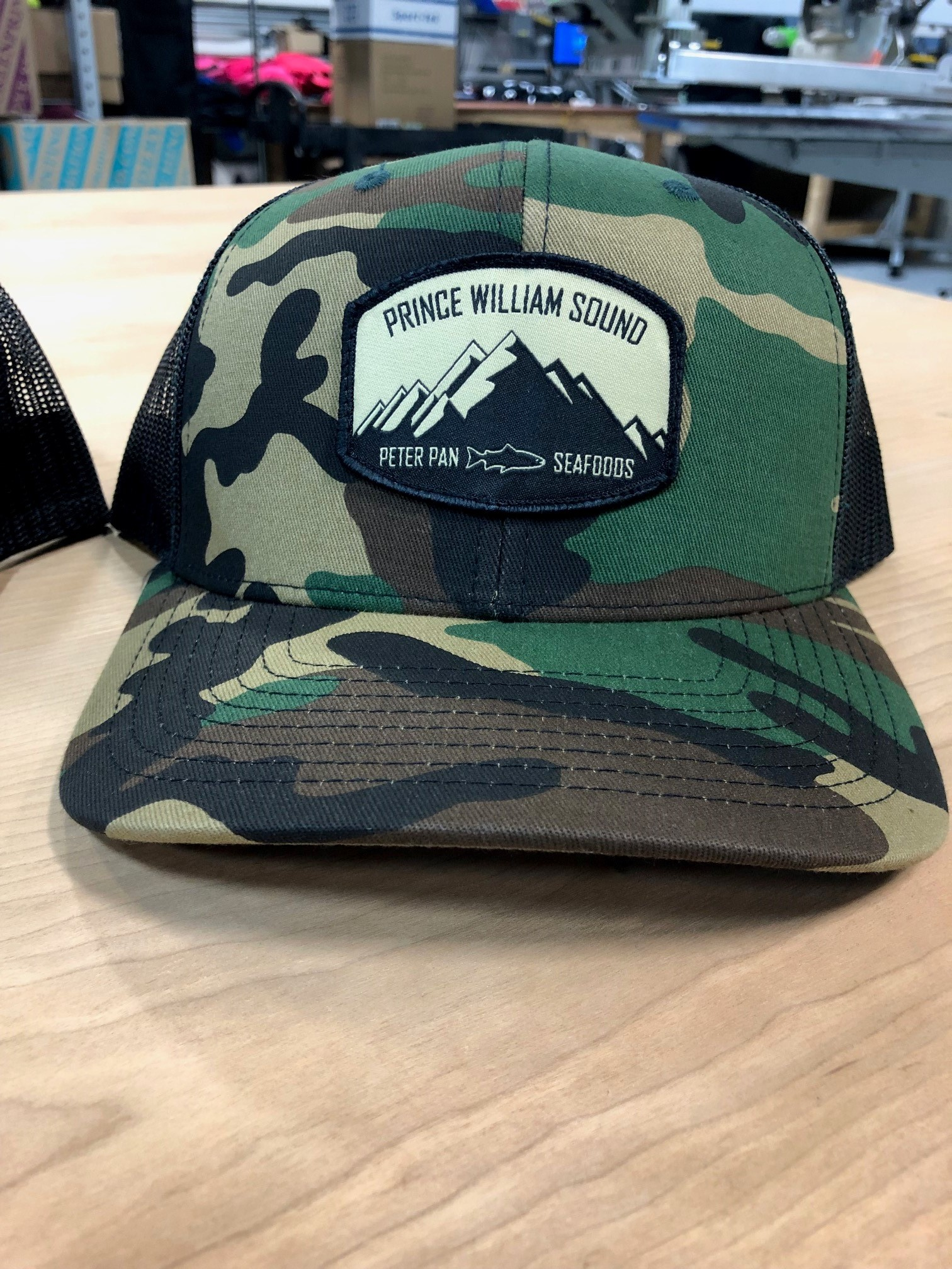 logounltd_laser_etching_embroidery_screen_printing_apparel_uniform_custom_tshirts_kirkland_bellevue_seattle_redmond_woodinville_branded_merchandise_promotional_products_logo_unltd_peterpanseafoods_alaska_veldez (3).jpg