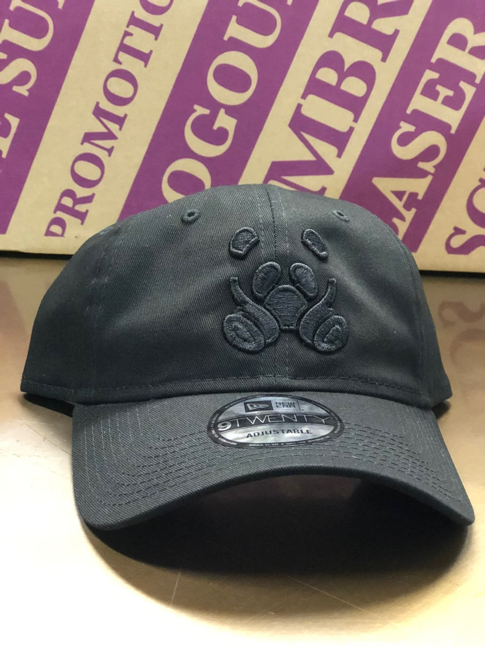 logounltd_laser_etching_embroidery_screen_printing_apparel_uniform_custom_tshirts_kirkland_bellevue_seattle_redmond_woodinville_branded_merchandise_promotional_products_logo_unltd_3D_puff_ink_hats (4).JPG