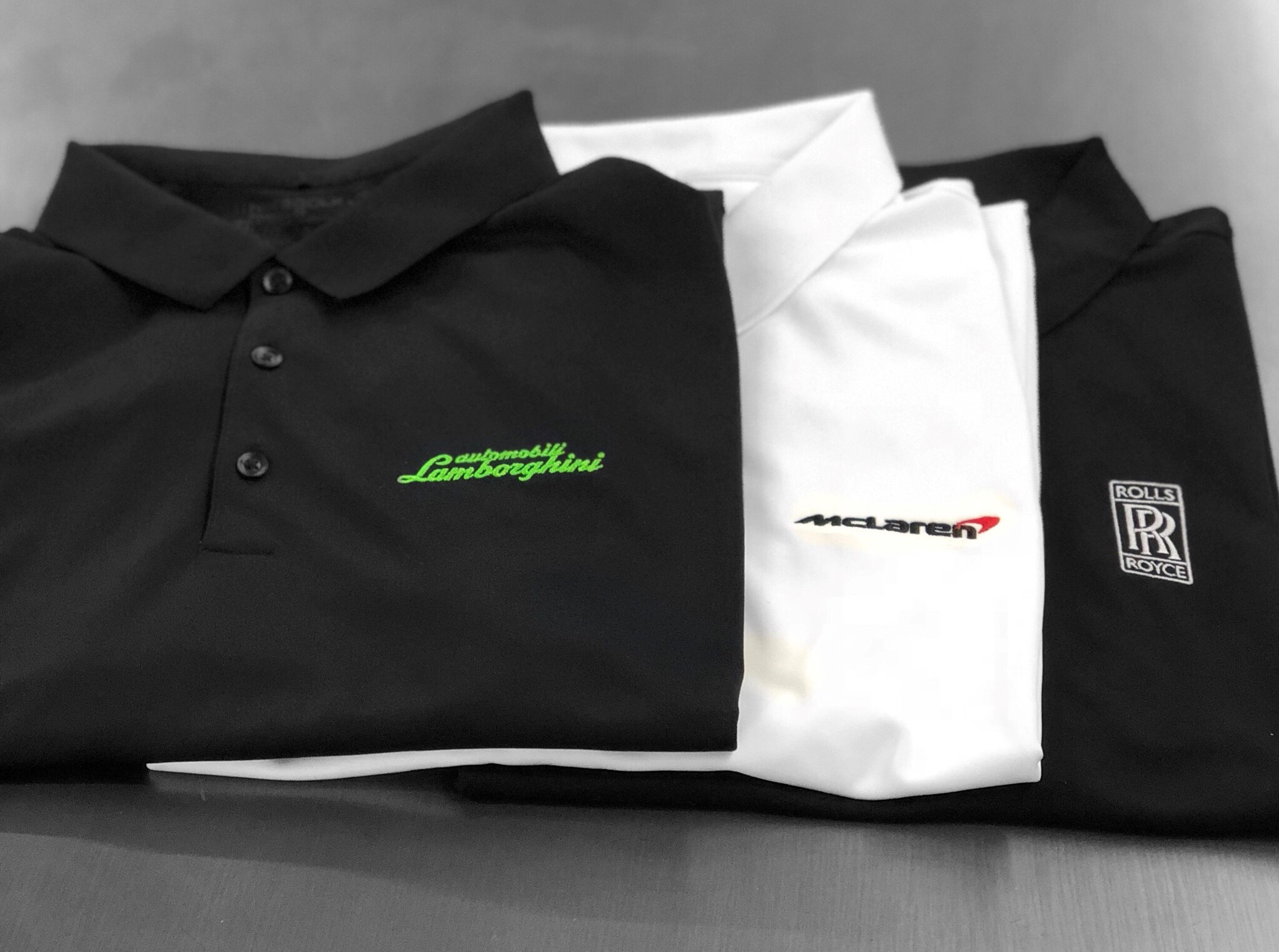 logounltd_laser_etching_embroidery_screen_printing_corporate_apparel_uniform_custom_tshirts_uniforms_dye_sublimation_kirkland_bellevue_seattle_redmond_branded_merchandise_promotional_products_logo_untd (11).jpg