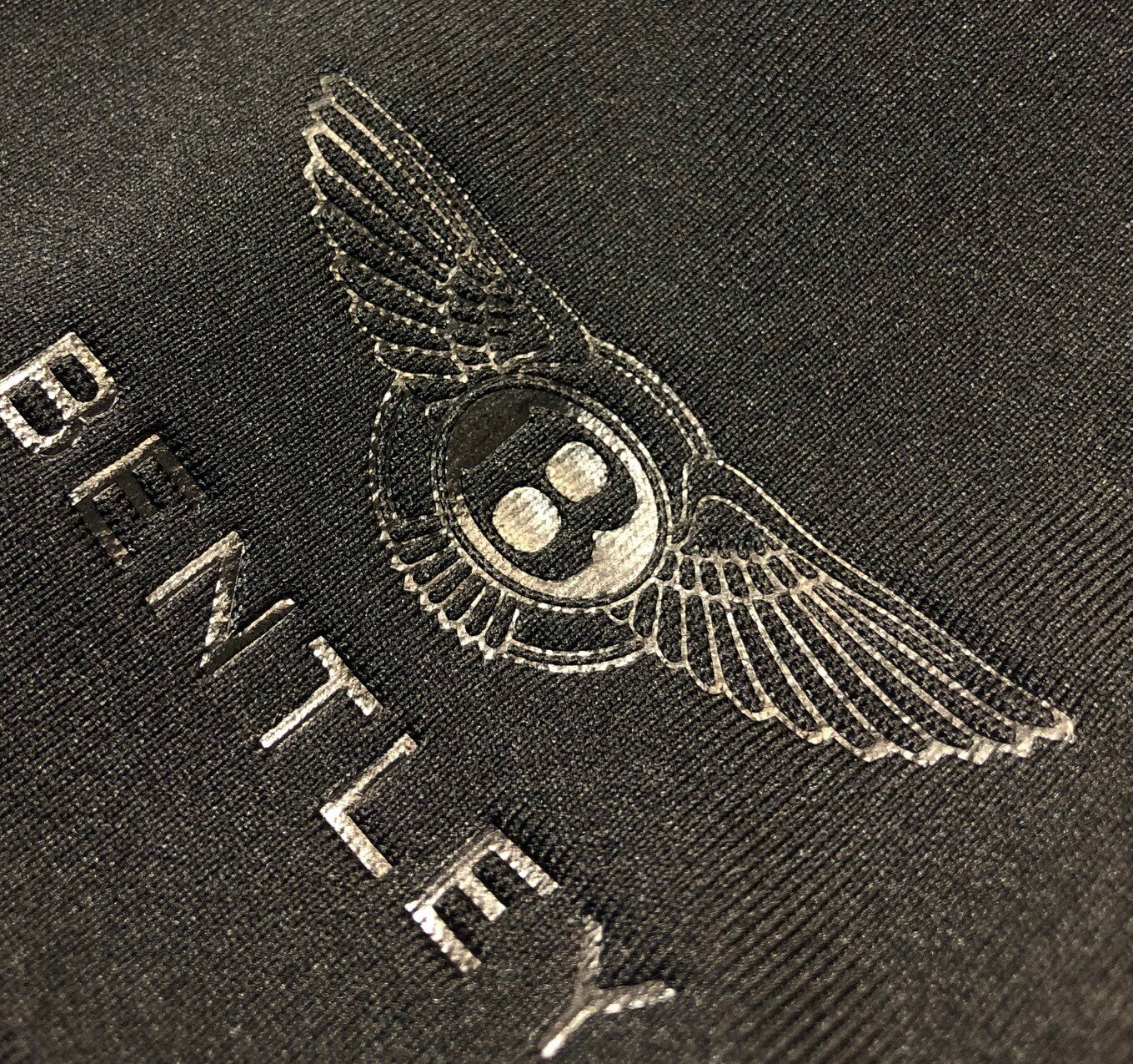 logounltd_laser_etching_embroidery_screen_printing_apparel_uniform_custom_tshirts_t_shirt_kirkland_bellevue_seattle_redmond_woodinville_branded_merchandise_promotional_products_logo_unltd_deboss_bentley (6).jpg