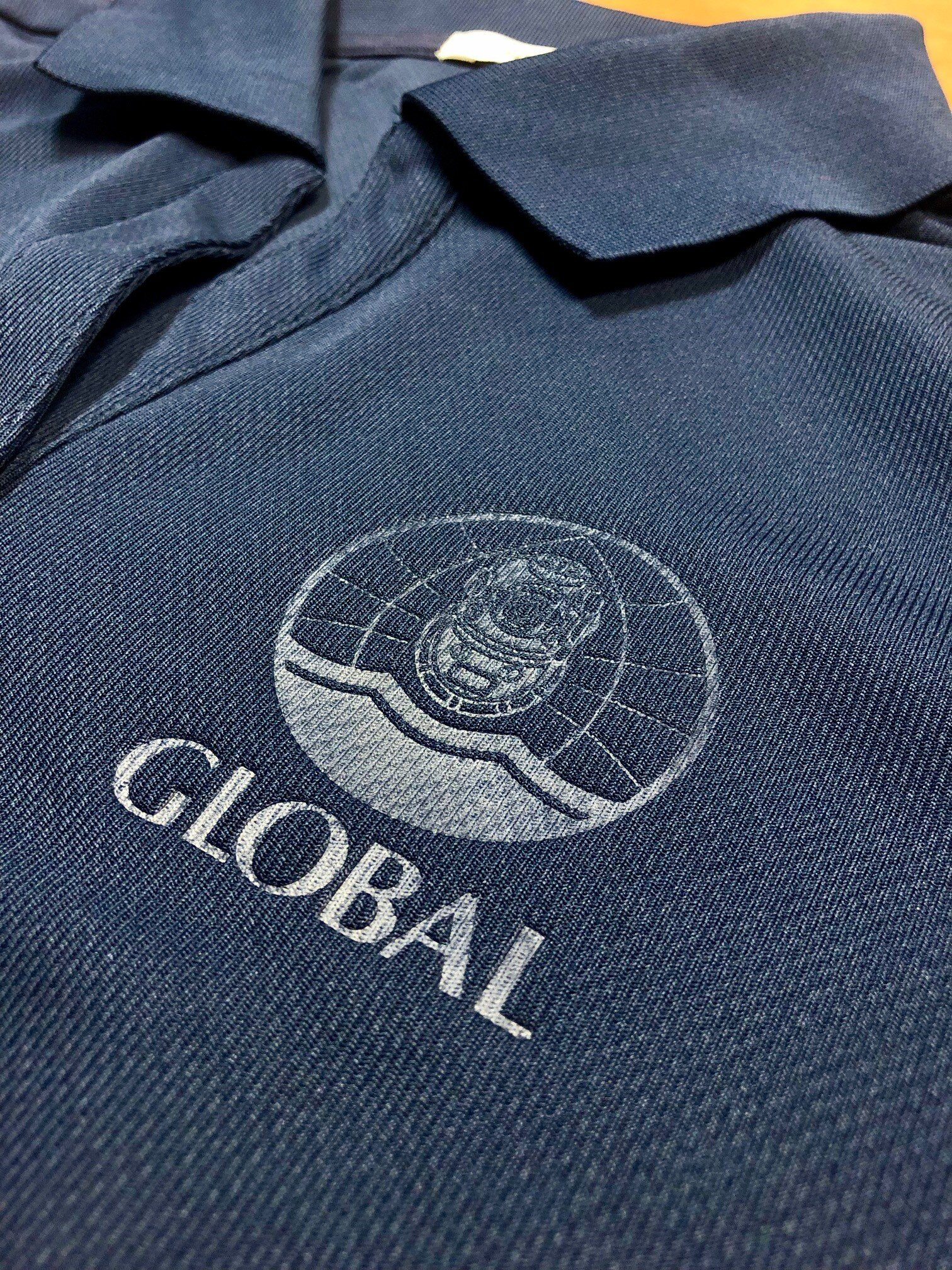 logounltd_laser_etching_embroidery_screen_printing_apparel_uniform_custom_tshirts_t_shirt_kirkland_bellevue_seattle_redmond_woodinville_branded_merchandise_promotional_products_logo_unltd_global_diving_divers (1).jpg