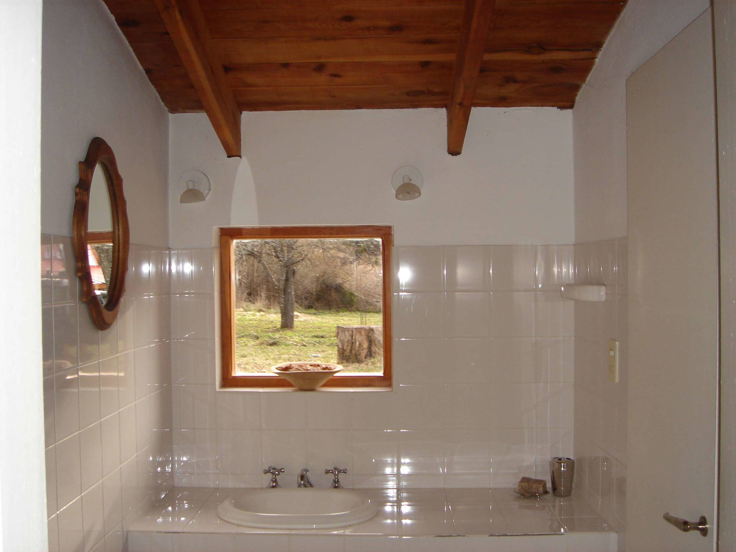 bathroom-#3.jpg