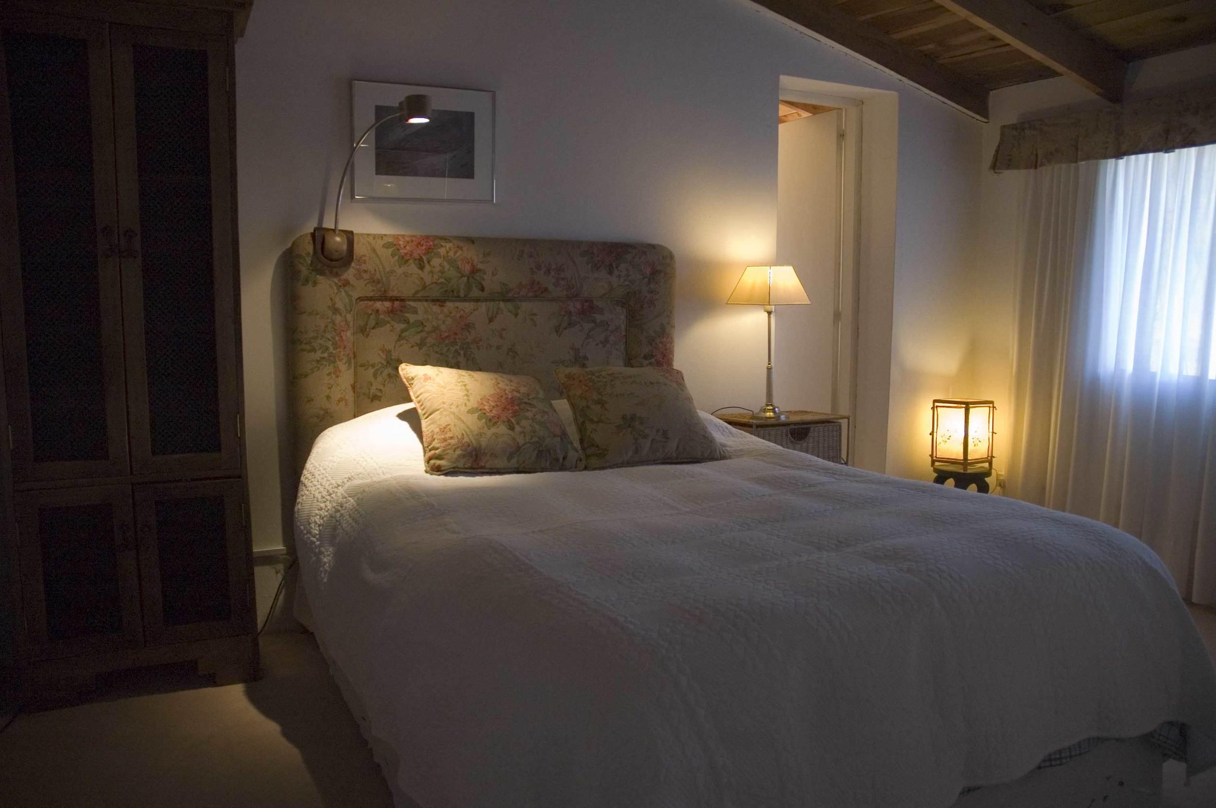 queen-bedroom-for-web.jpg