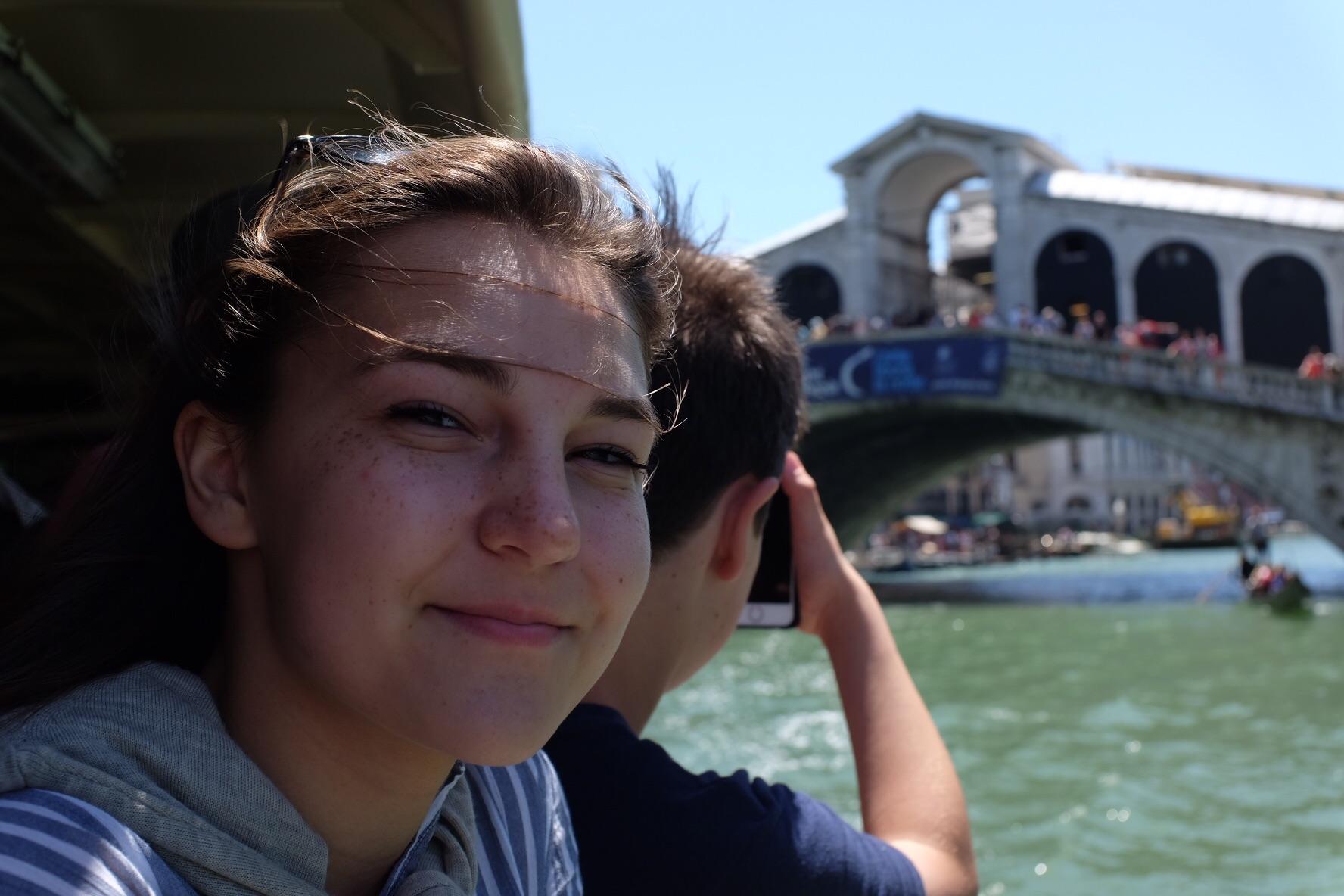 Tourist shot of the Rialto Bridge