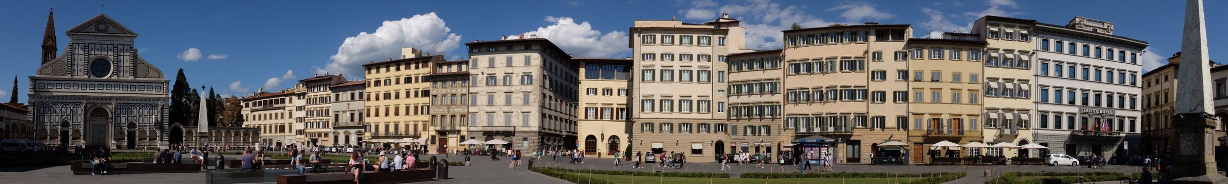 Hotel Roma on the right. Santa Maria Novella on left