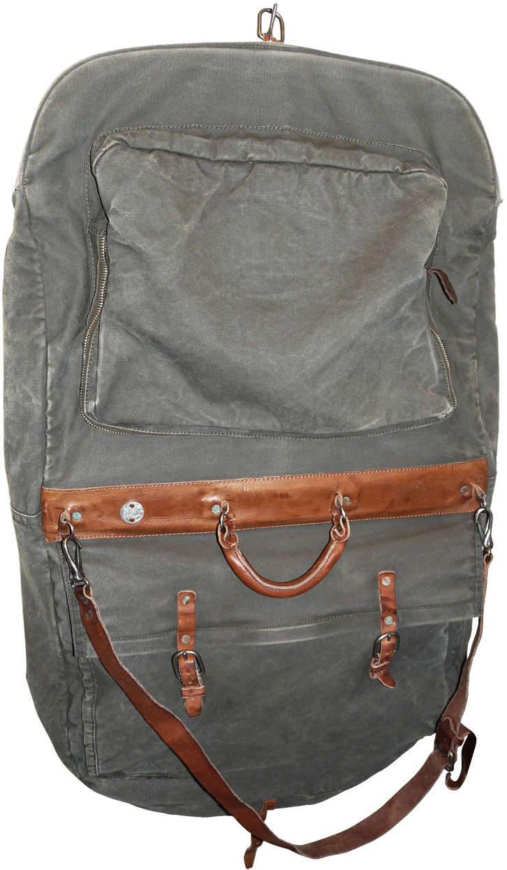 Garment Bag 4.jpg