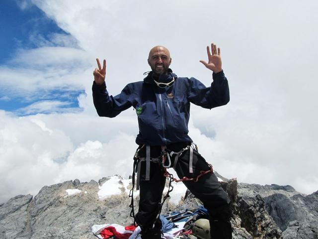 Mostafa_Salameh_completing_the_7_summits.jpg