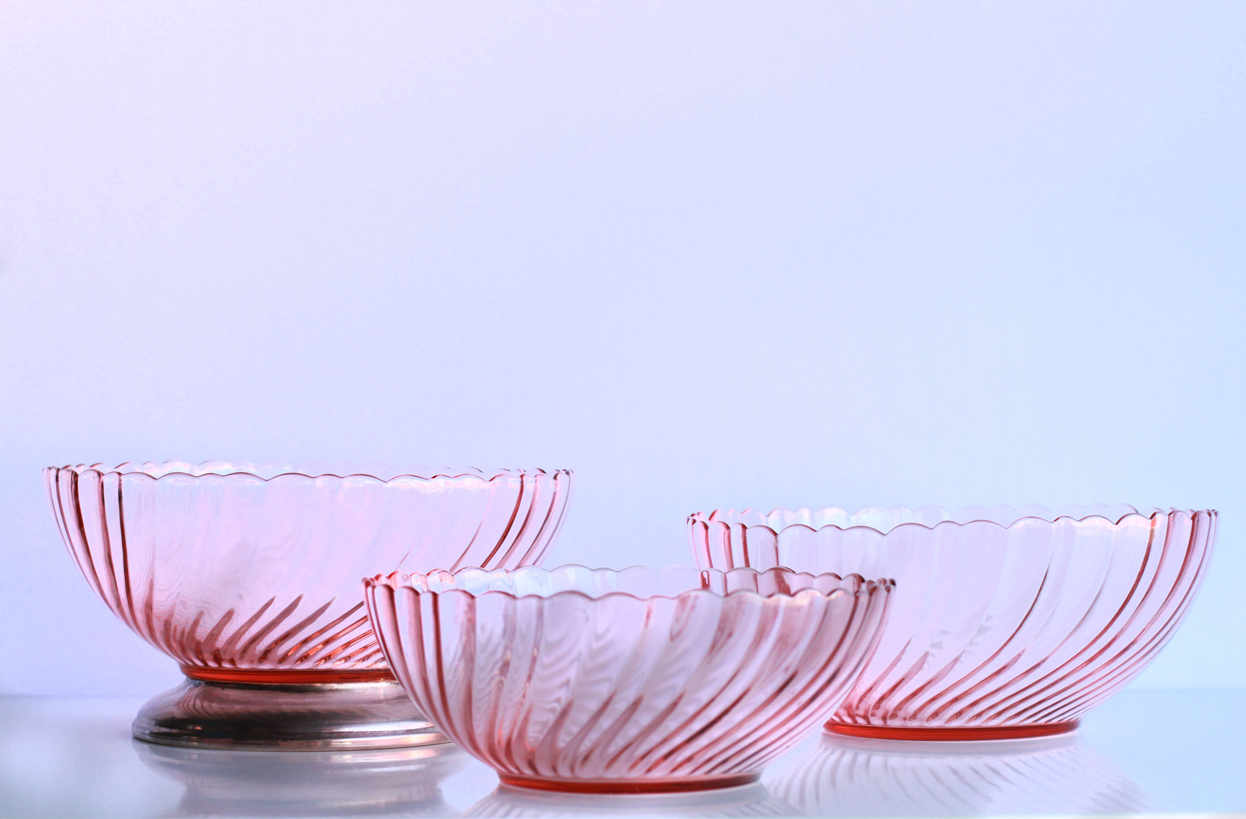 Rosaline Pink Swirl Bowls