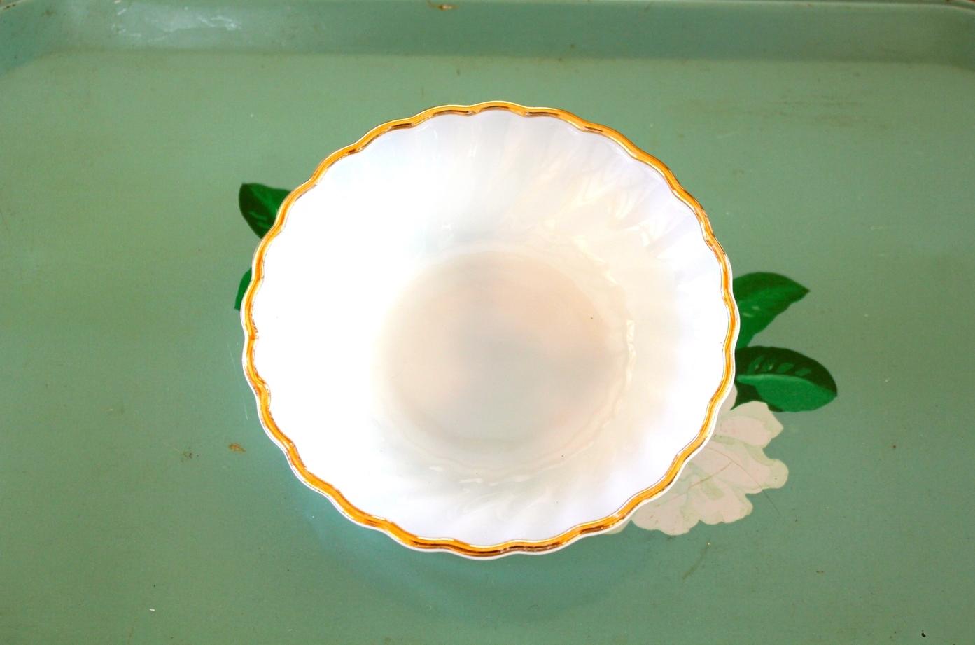 Small Milk Glass Bowls