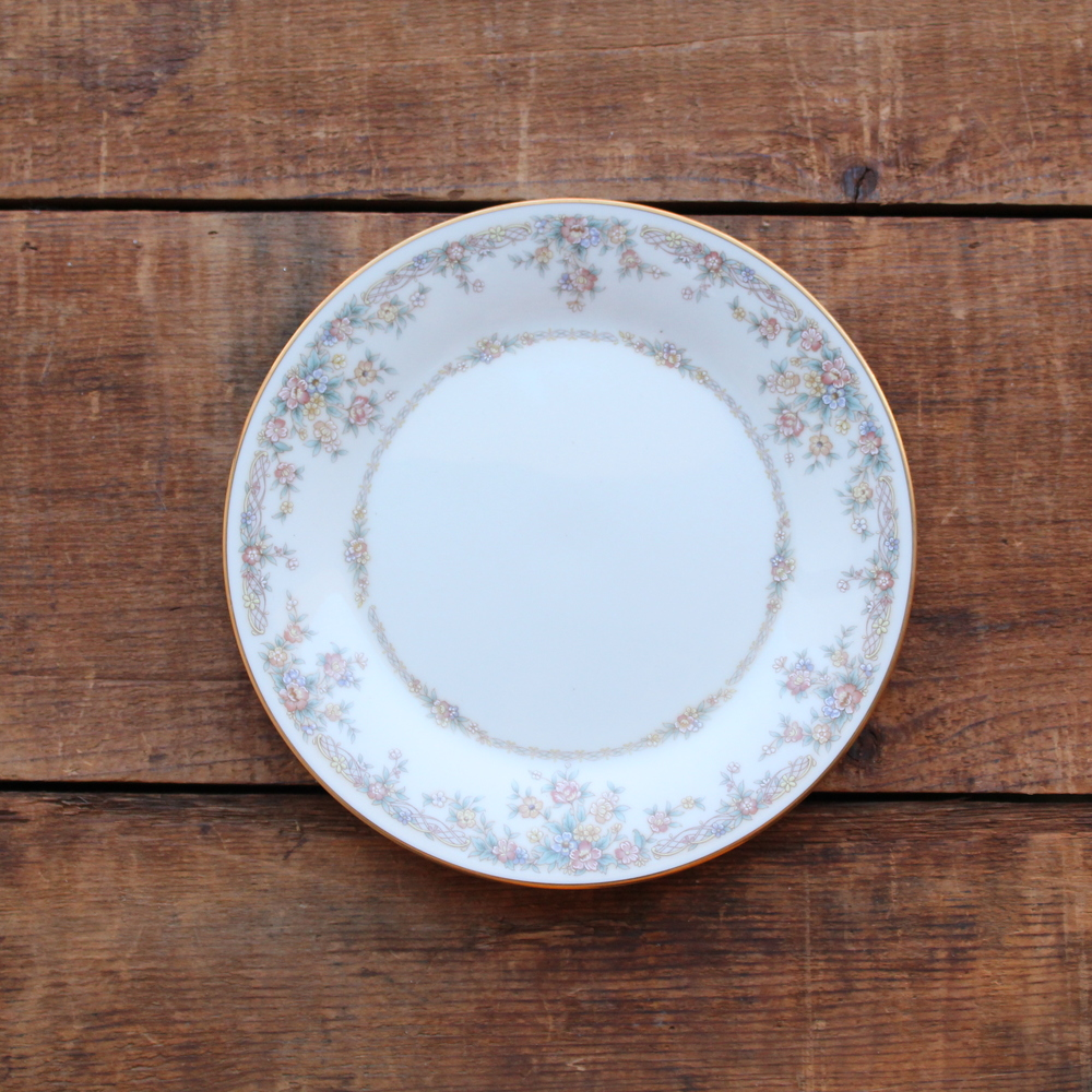 Soft Floral Collection Salad Plates