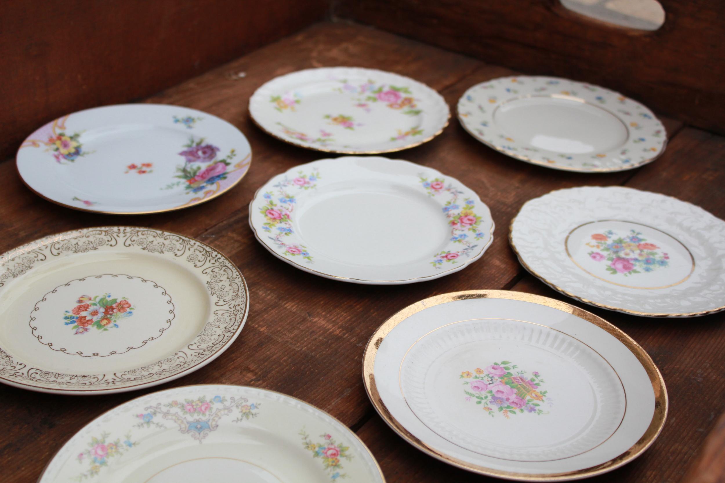 Golden Floral Collection Dessert Plates