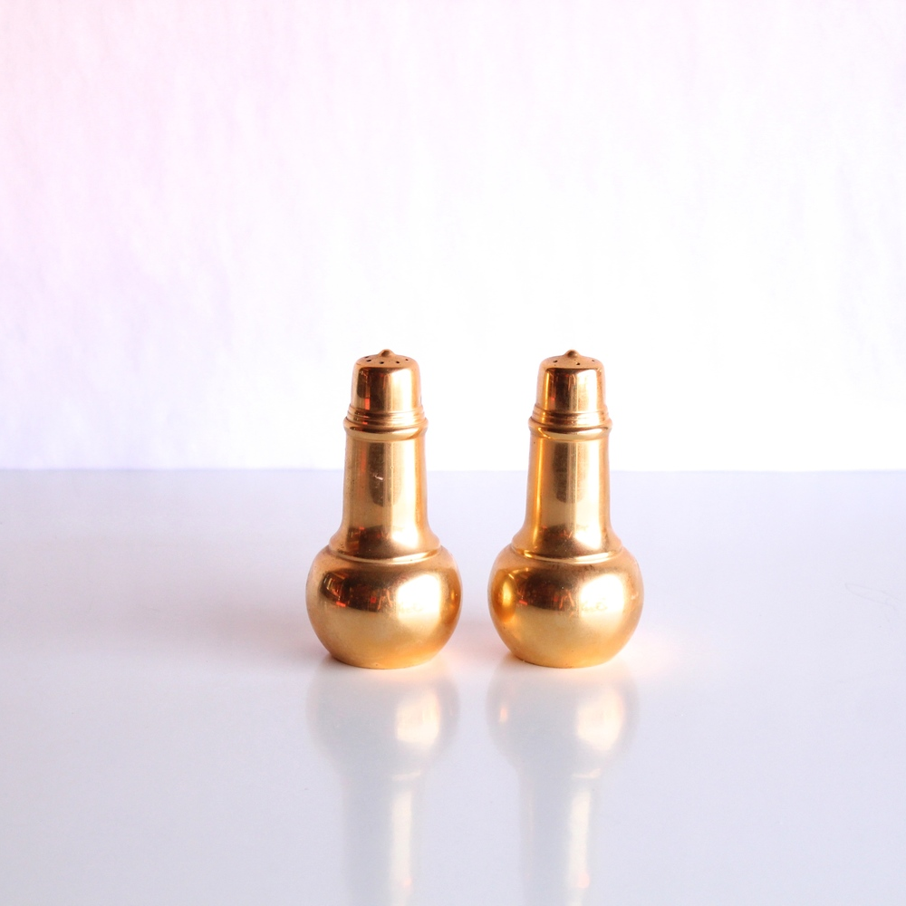 Gold Round Salt + Pepper Shakers