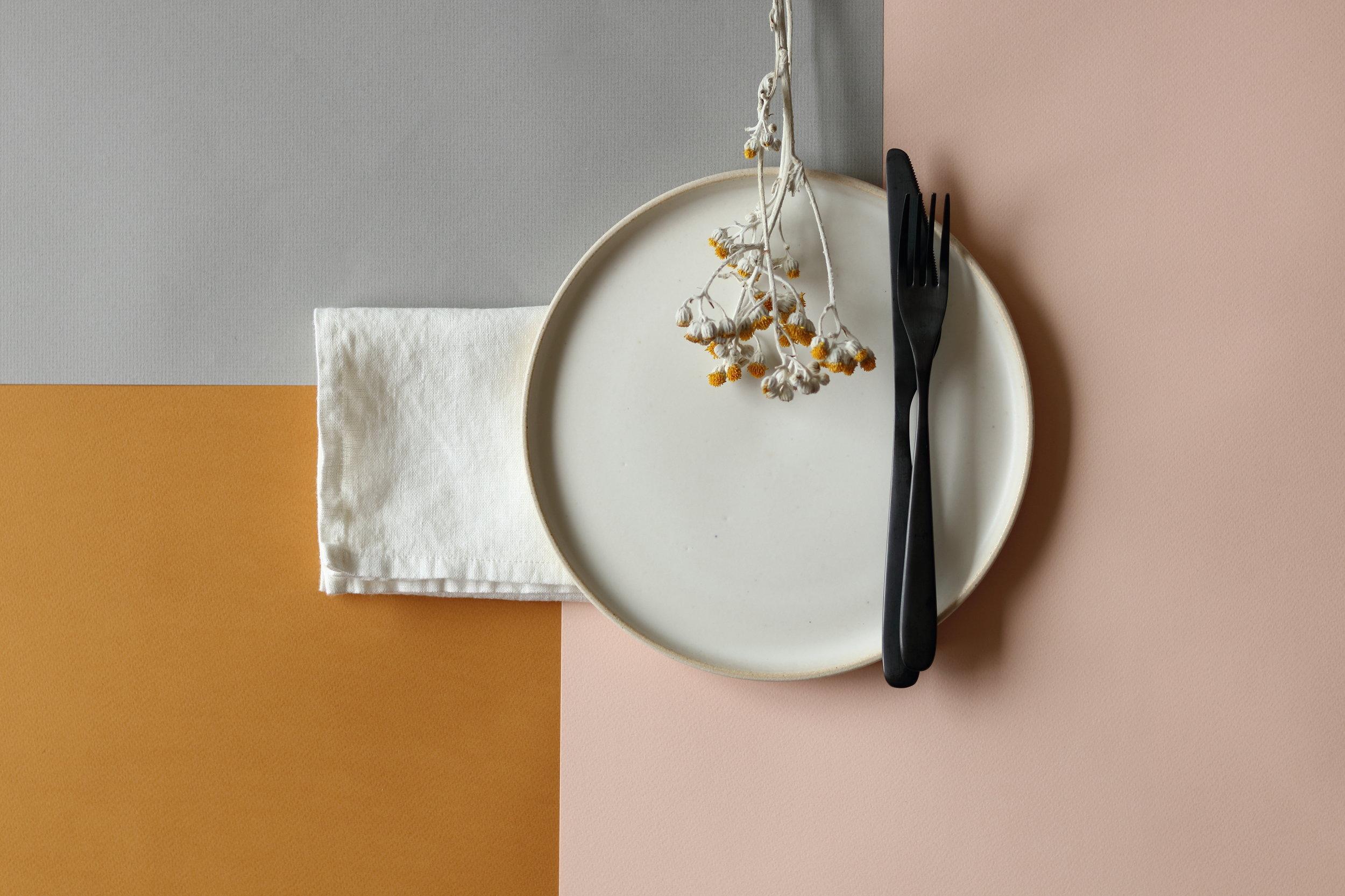 Oyster Linen Plate.JPG