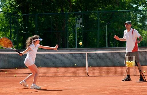 learning tennis 2.jpg