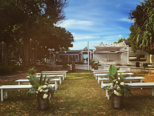Last Friday's wedding @beachbyronbay for Whitney & Daniel 🍃 Grateful to be part of the special day & the beautiful ceremony by @marriedbycandice 🌹🌹🌹 . . . . . #graceandbeau #graceandbeaumusic #livemusic #acousticduo #byronbayweddings #love #ceremony #beachbyronbay #beachbyronbaywedding #byronbay #music #covers