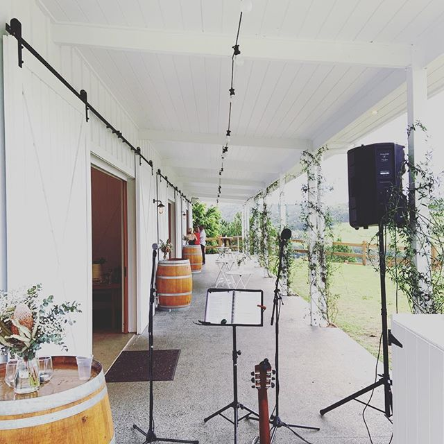 Courtney & Nadine's wedding was a total dream! Thanks again for having us 🧡🧡🧡 . . . . . #graceandbeau #music #livemusic #love #weddings #summergroveestate #weddingmusic #acousticduo #gigs