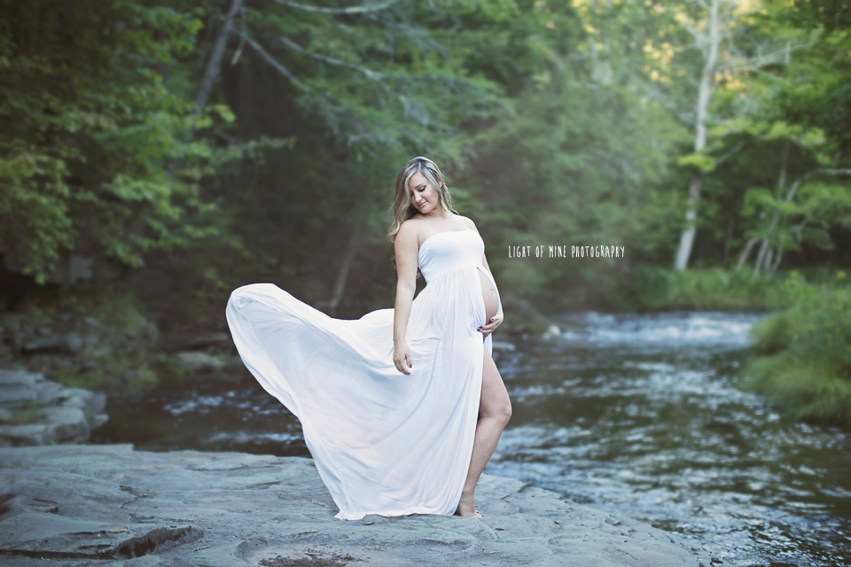 Rome NY Maternity Photographer
