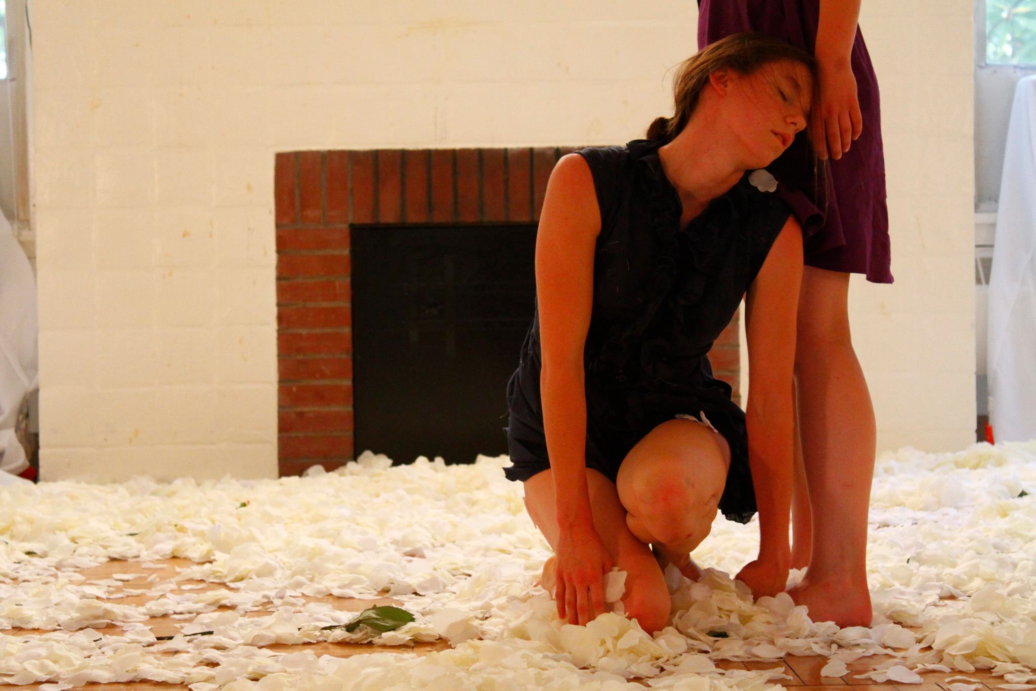 That one should open 013_Dancers Janice Lancaster Larsen & Lauren Muraski, photographer Wong Chun Bong, ADF 2011.jpg