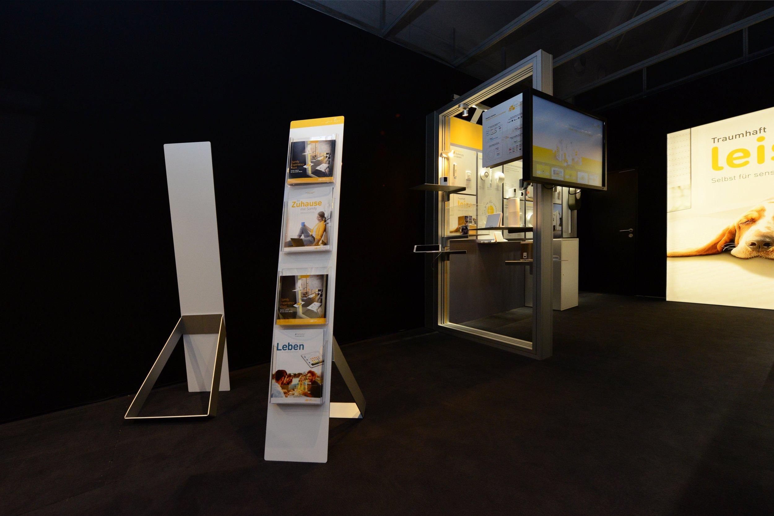 Produktständer plus www.jpg