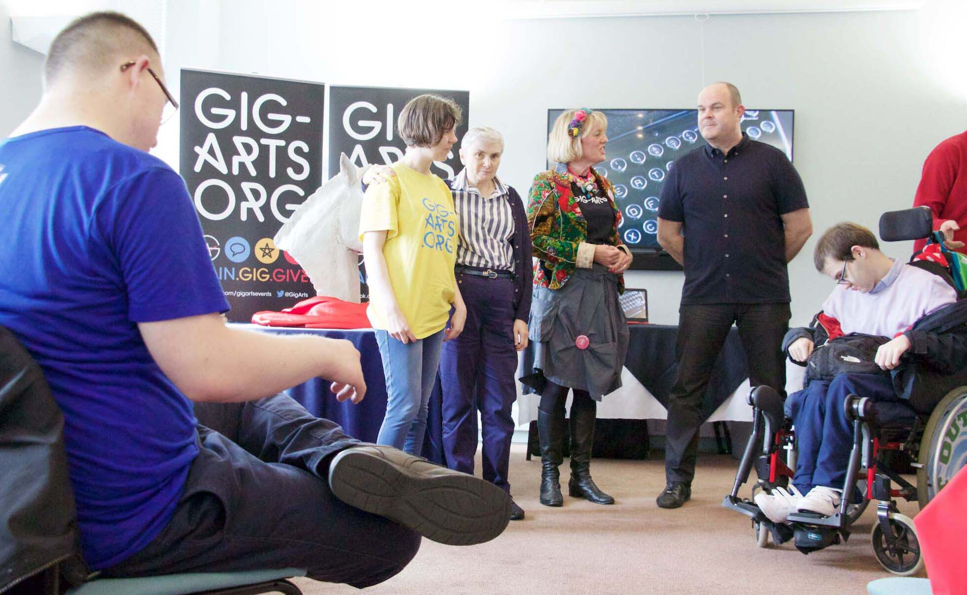 Bloxham Mill's Graham Hickman offers work experience to the Gig-Arts participants