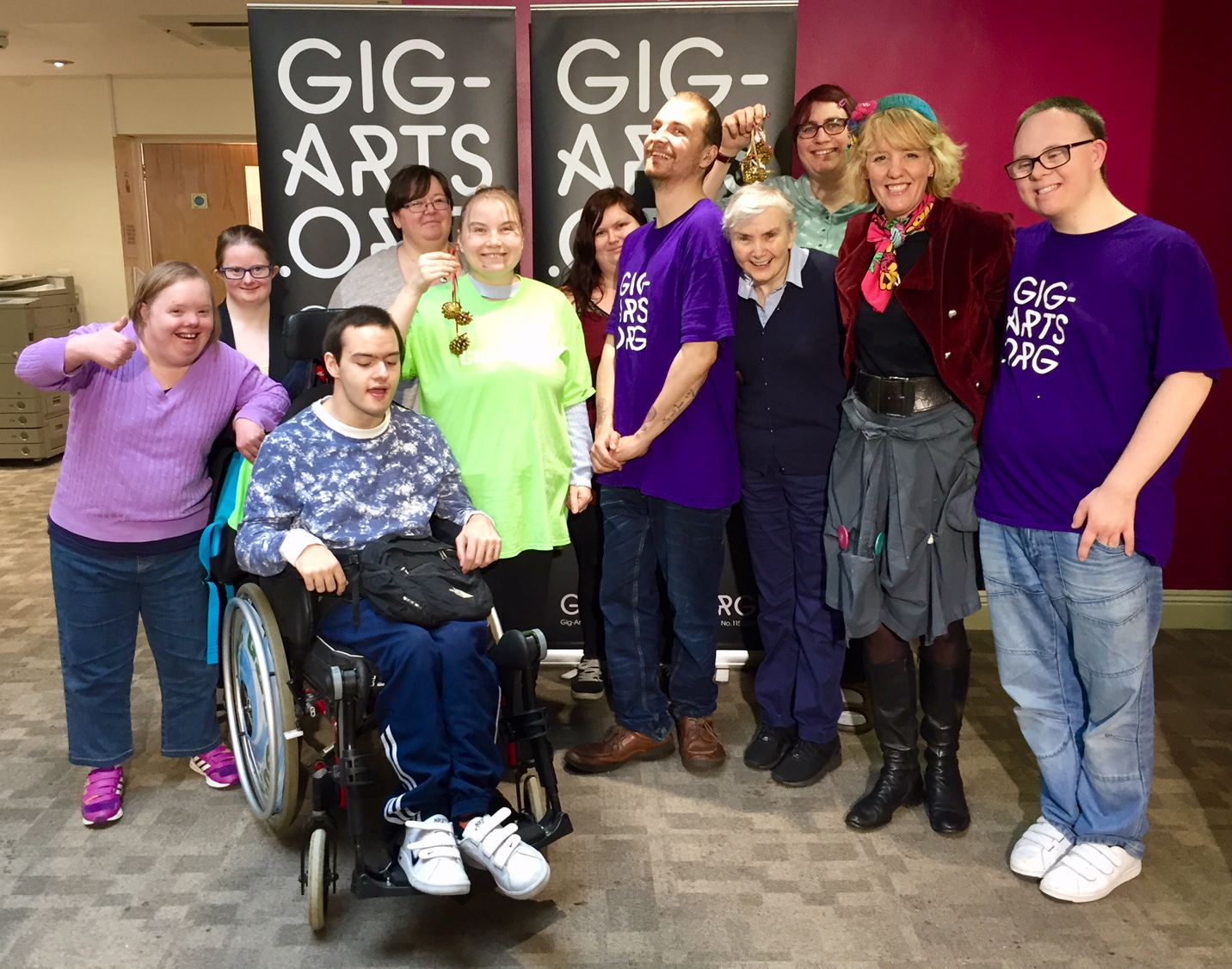 Come and join in with our all inclusive Bloxham Gig-Arts Project. We're meeting each month in September, October and November and have a grand finale Gig-Arts Show at Bloxham Mill Business Centre on Tuesday 5th December 2017.