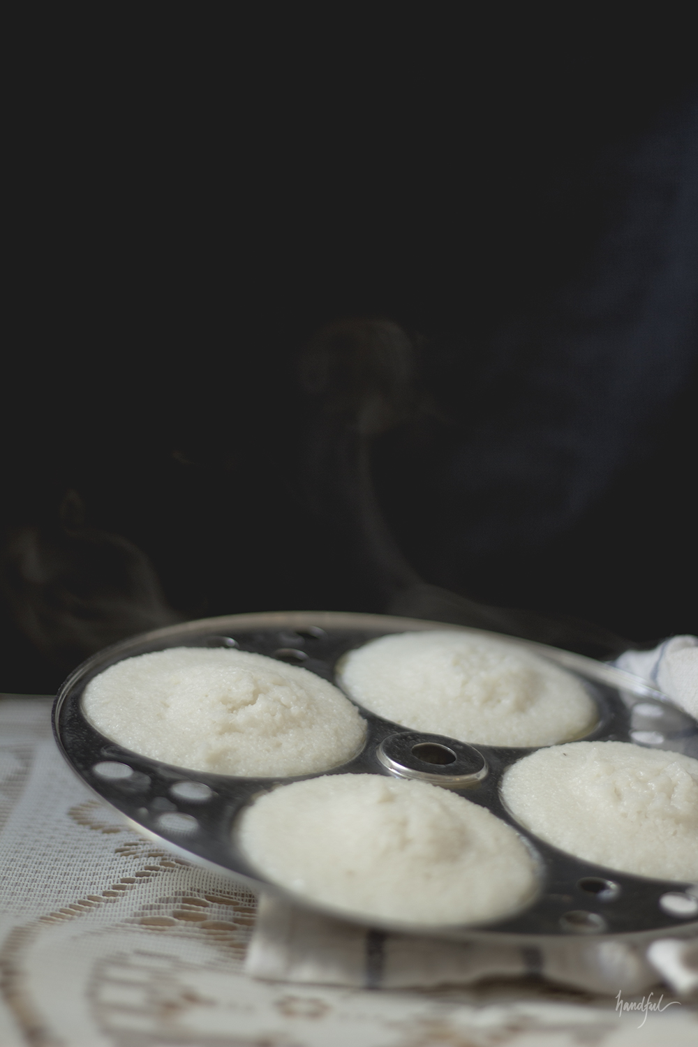 Handful.haus | Steaming hot Idlis