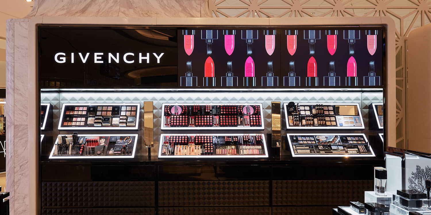 Givenchy counter in Hysan place2185.jpg