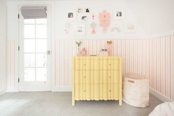 susie-novak-interiors-design-makeover-liitle-girls-room-oakland-gallery-wall-yellow