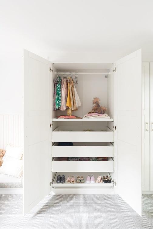susie-novak-interiors-design-makeover-liitle-girls-room-oakland-closet