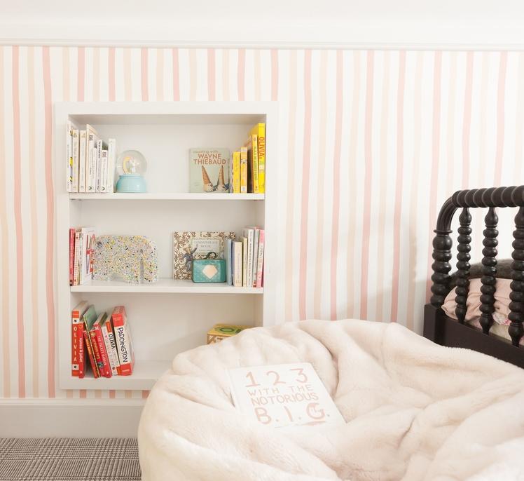 susie-novak-interiors-design-makeover-liitle-girls-room-oakland-books