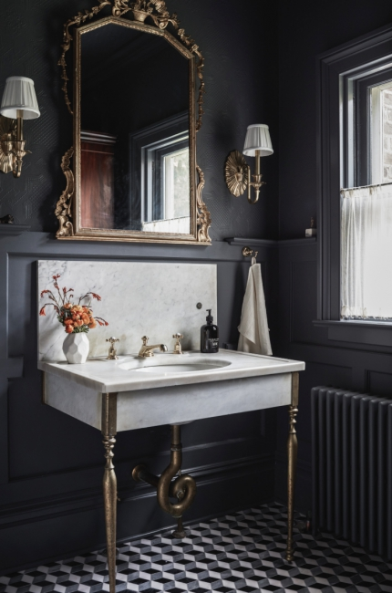 Beautiful woodwork AND moody hues! (   source   )