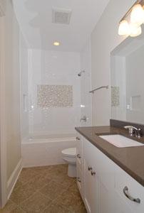 3rd bathroom 3.jpg