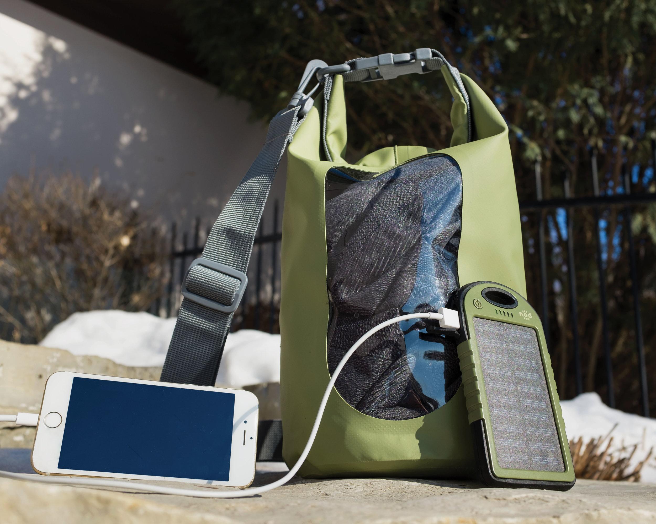 AG-dry-bag-beam-bank-iphone.jpg