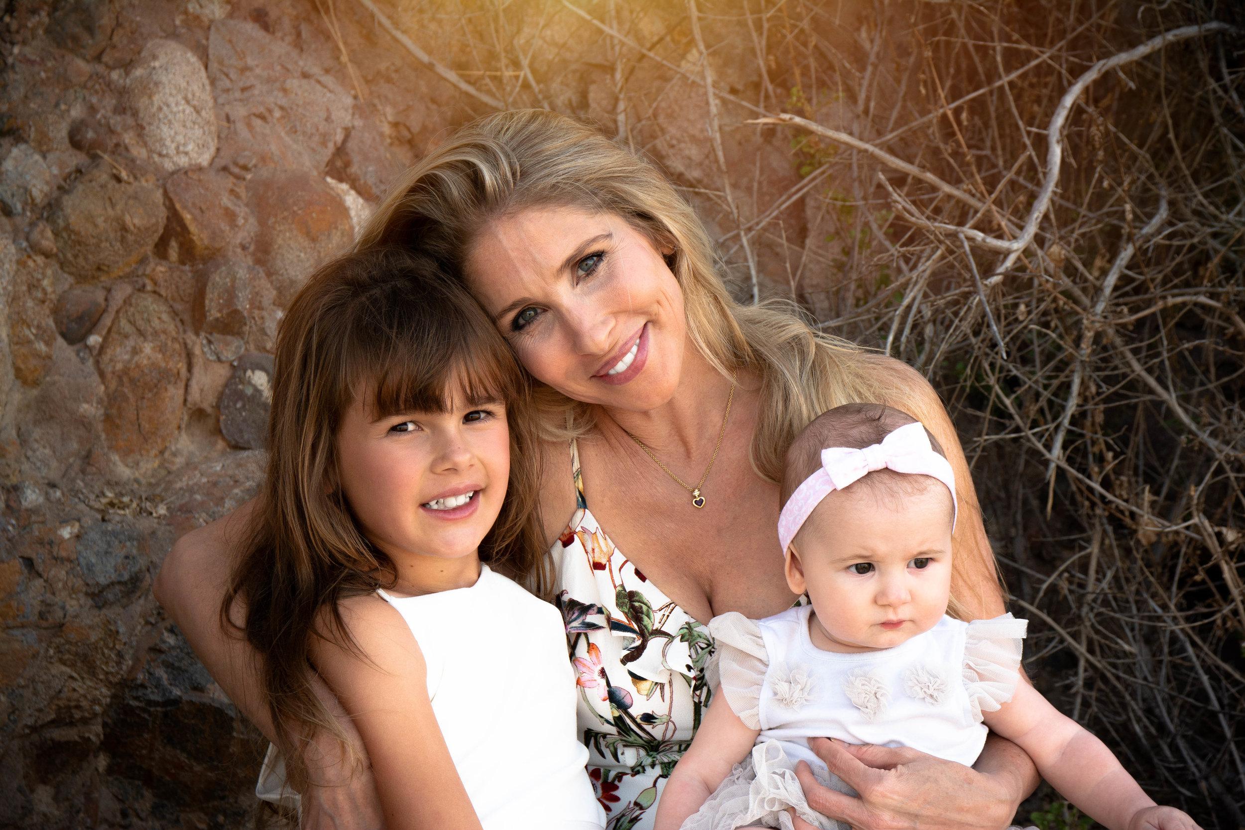 Amy & Daughters (6).jpg