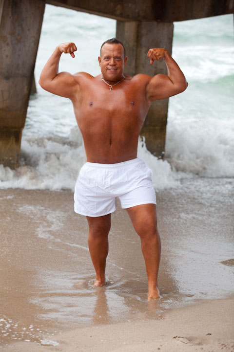 AFTER: Peter at 225lbs. Click to see more...