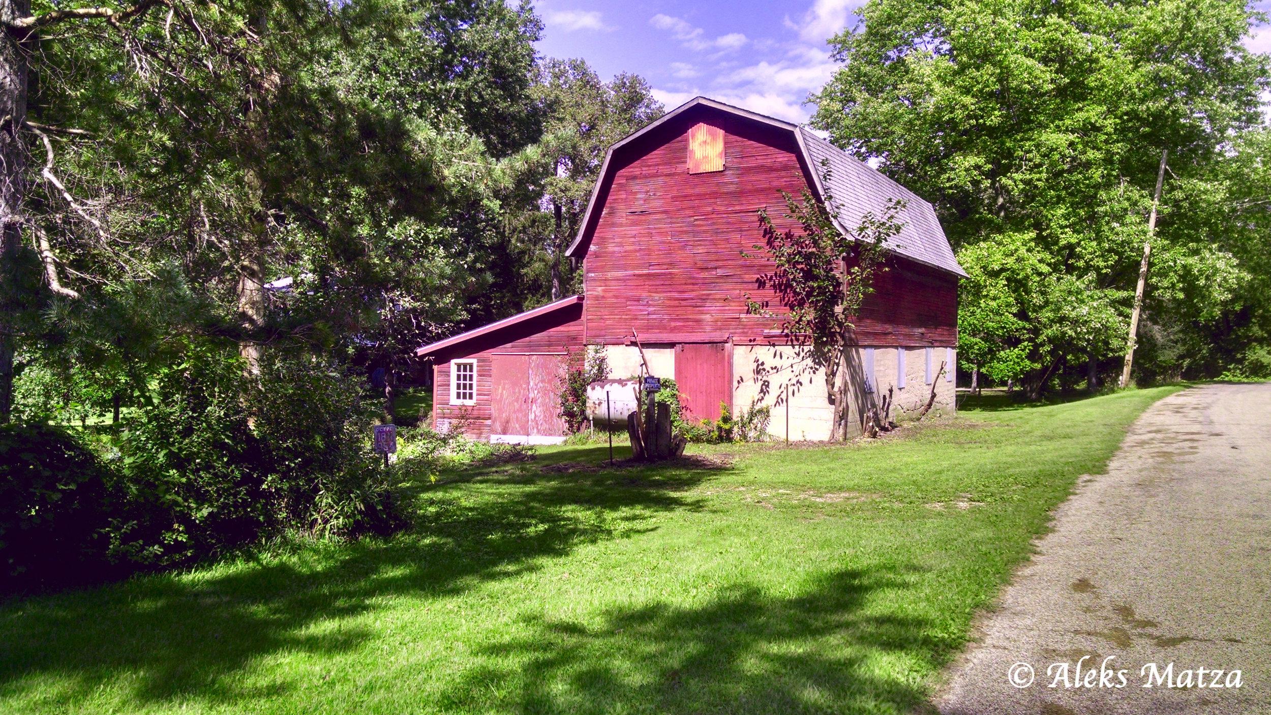Roadside Barn 2.jpg