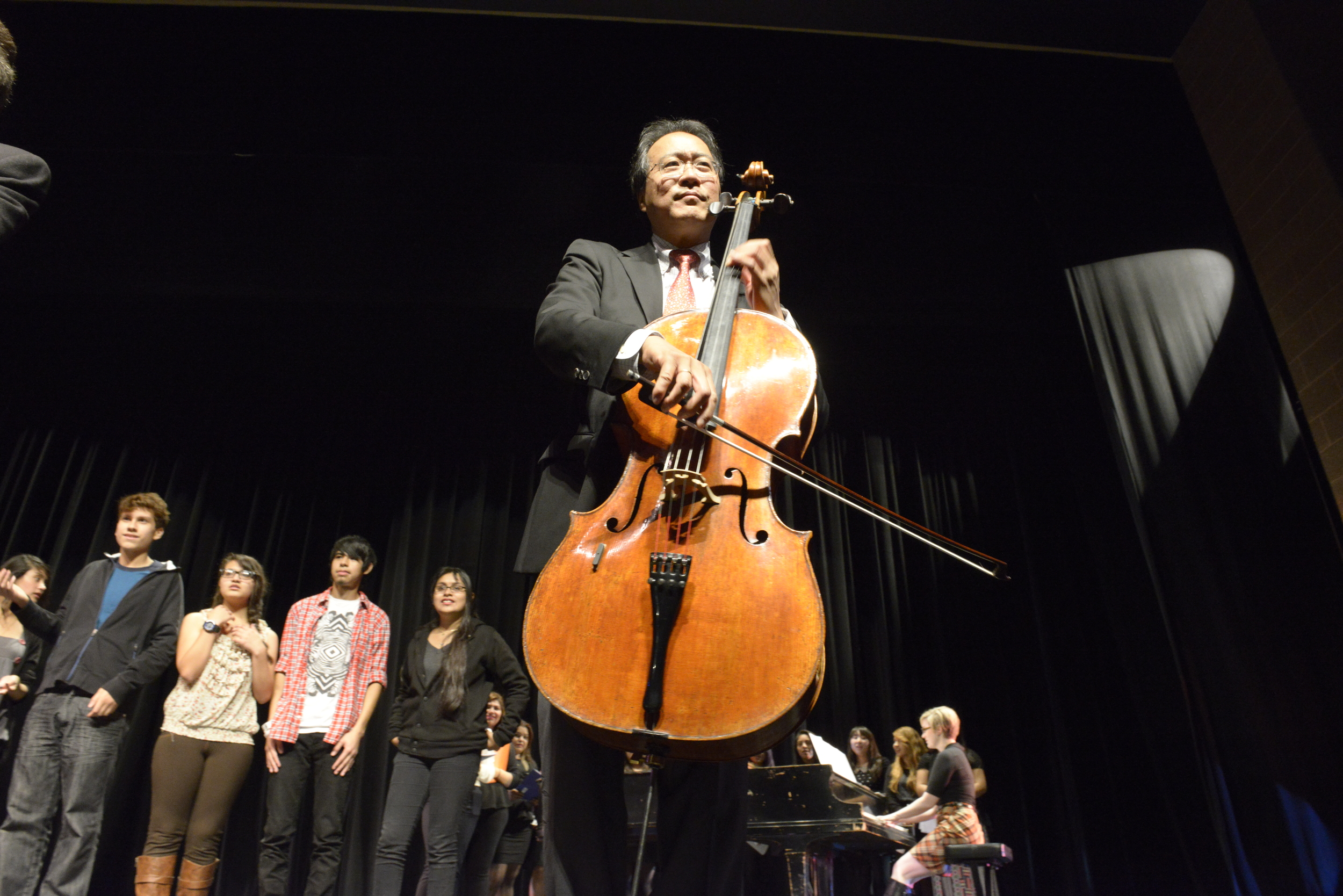 Yo-Yo Ma,   Judson and Joyce Green Creative Consultant, Chicago Symphony Orchestra, engages the crowd at Benito Juarez Community Academy