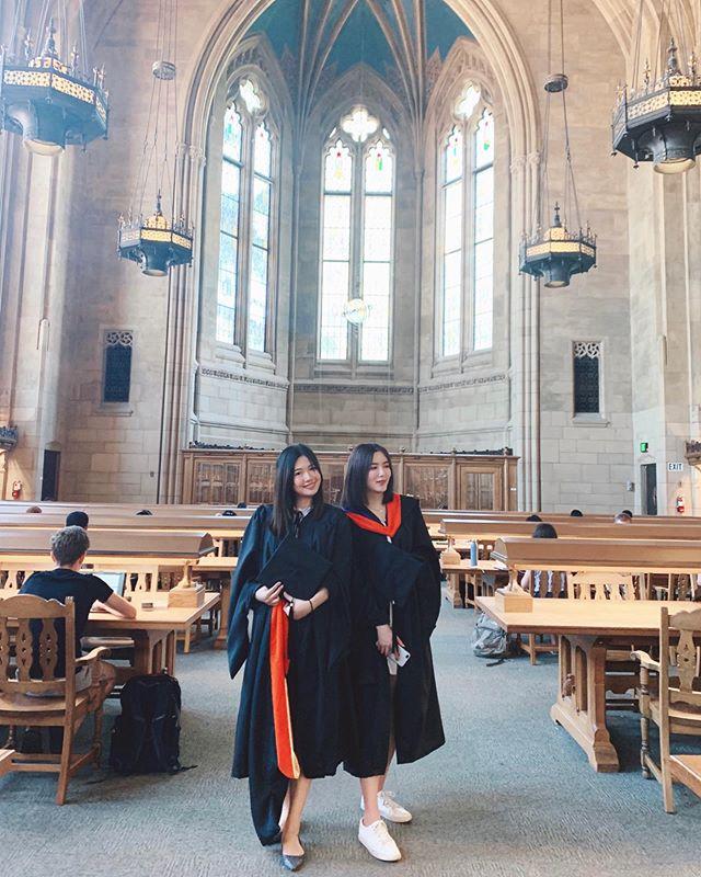 We finally made it! 👩🏻🎓#uw#hcde#graduation