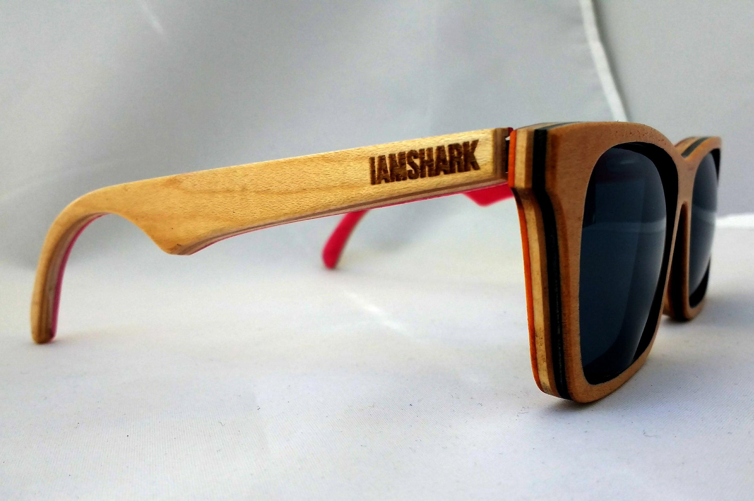 Acer SK8Glasses™ - Natural - IAMSHARK - v1.jpg