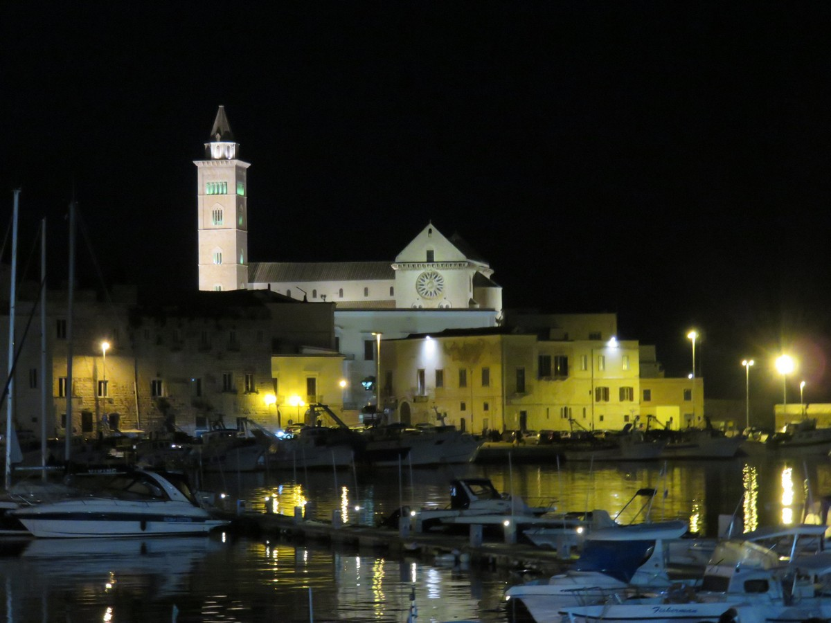 Trani town for an evening