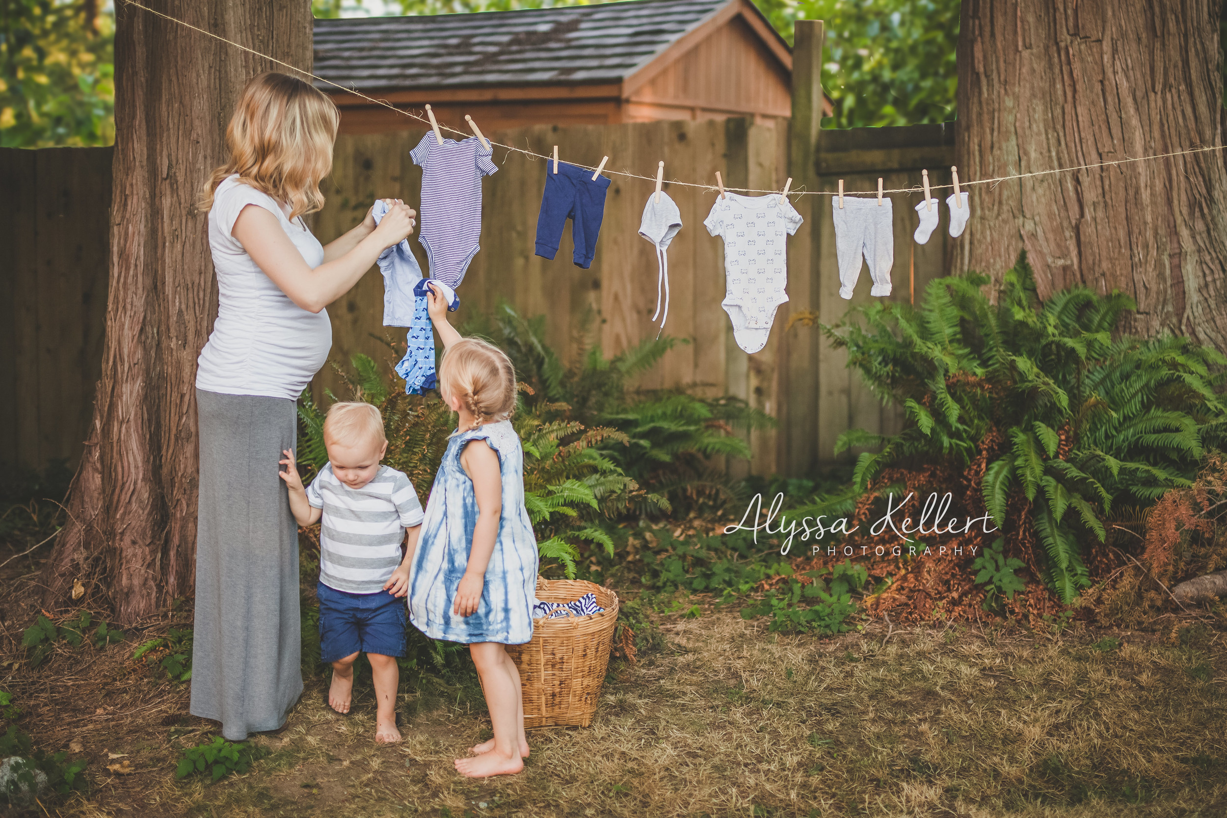 announcement-pregnancy-newborn-boy-laundry-clothes-line-vancouver-photographer-photography-blue-
