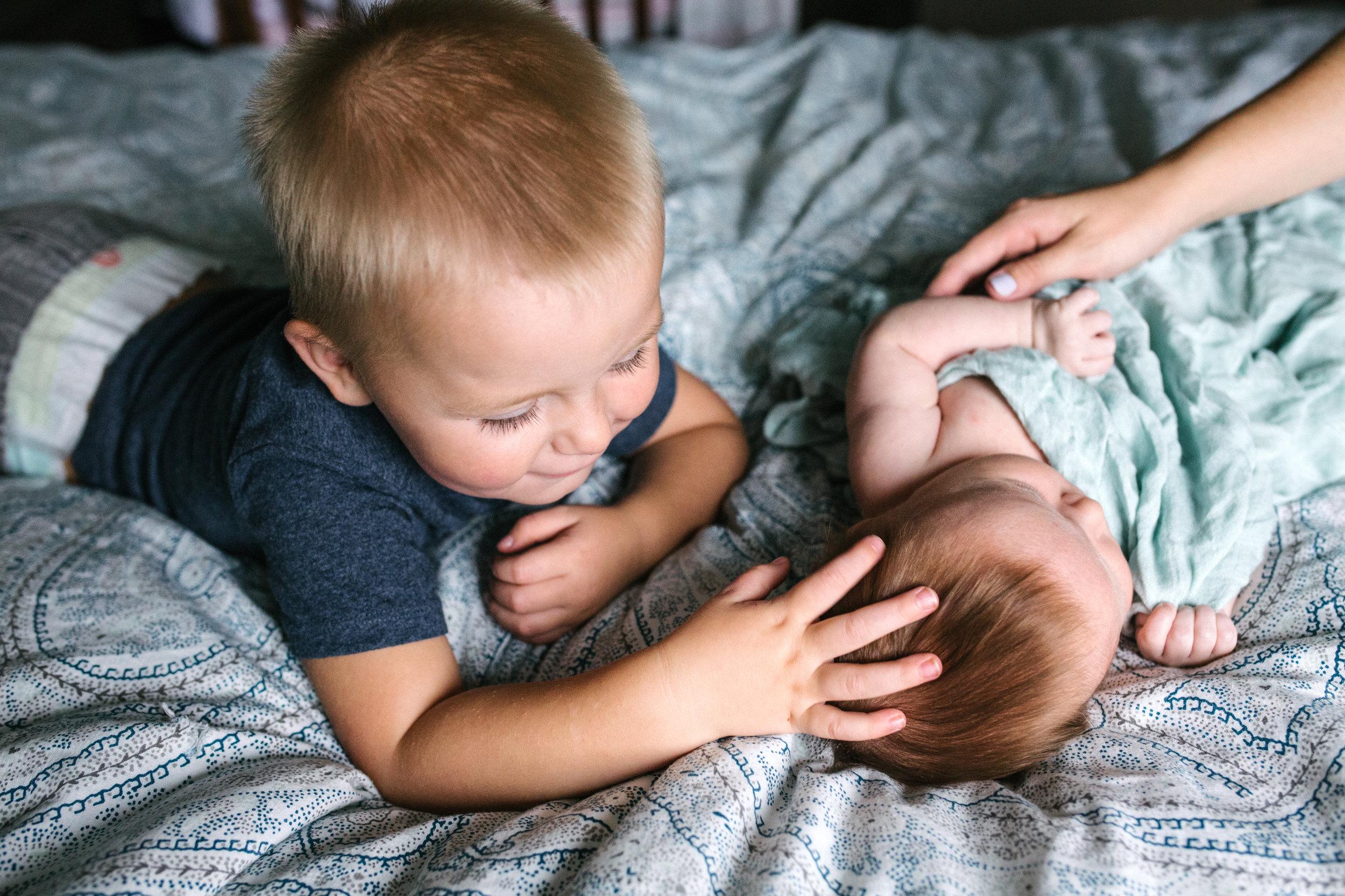 newborn-sibling-abbotsford-photography-baby