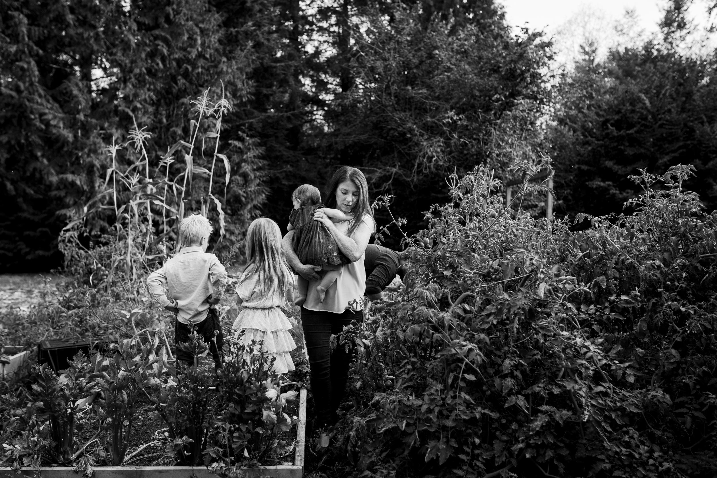 family-documentary-photography-fraser-valley-ott-014.jpg