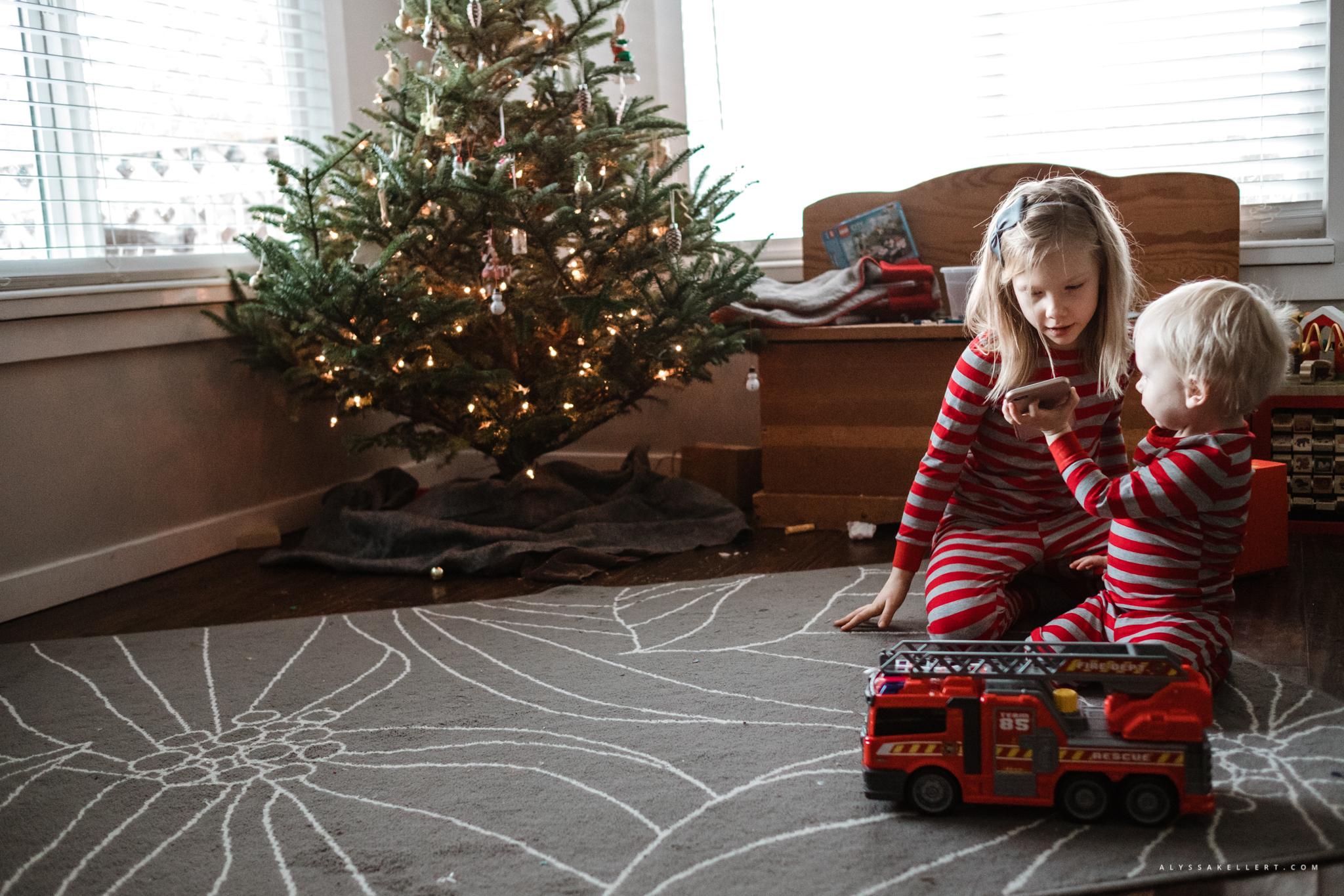 Christmas-Morning-Vancouver-family-photographer-10.jpg
