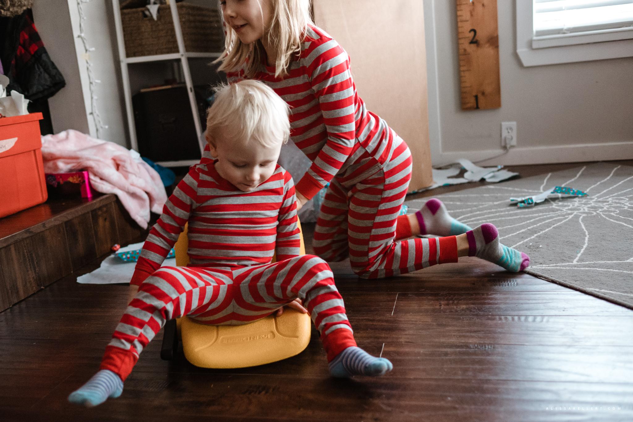 Christmas-Morning-Vancouver-family-photographer-14.jpg
