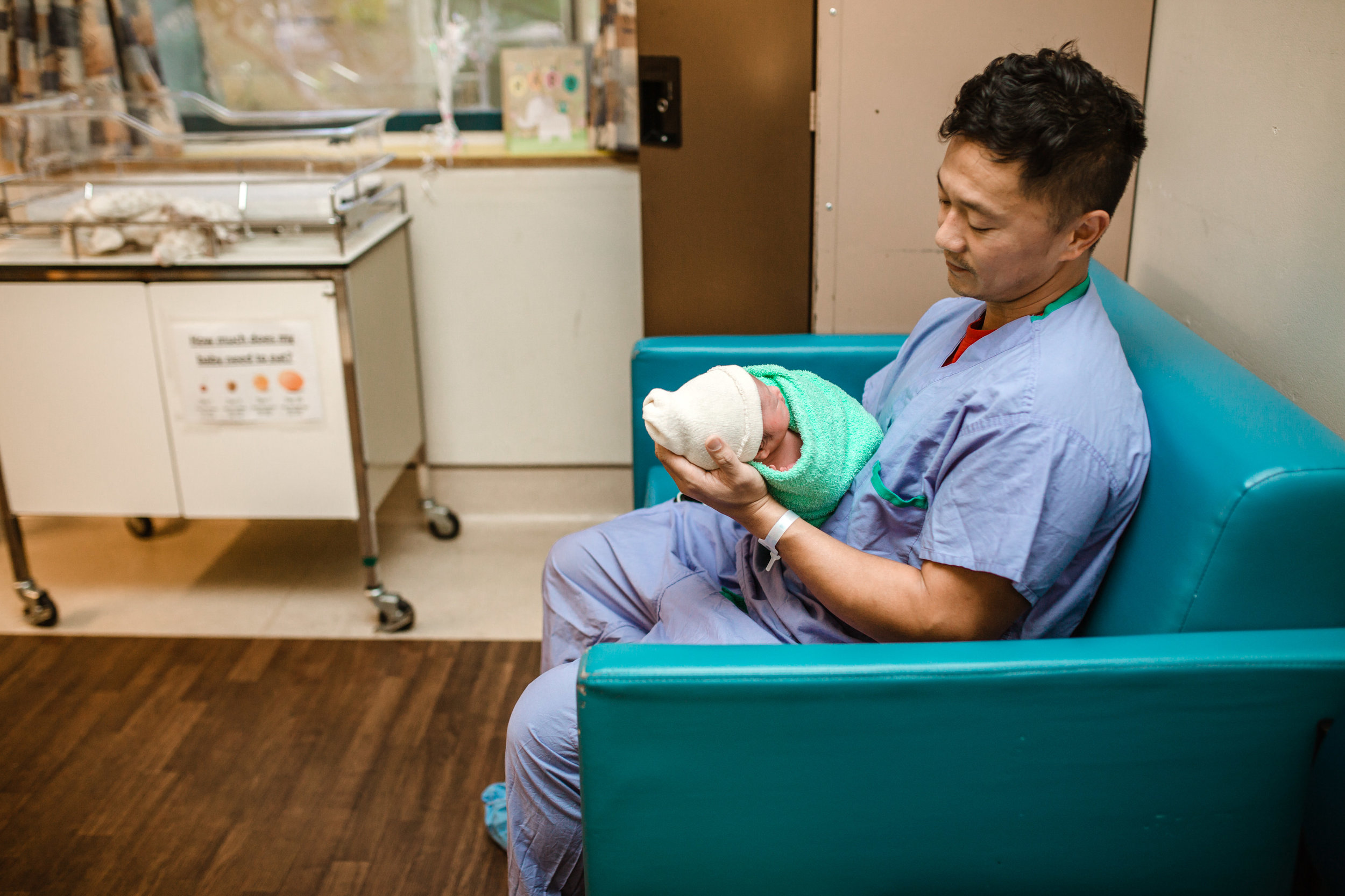 dad-holding-baby-hospital-vancouver
